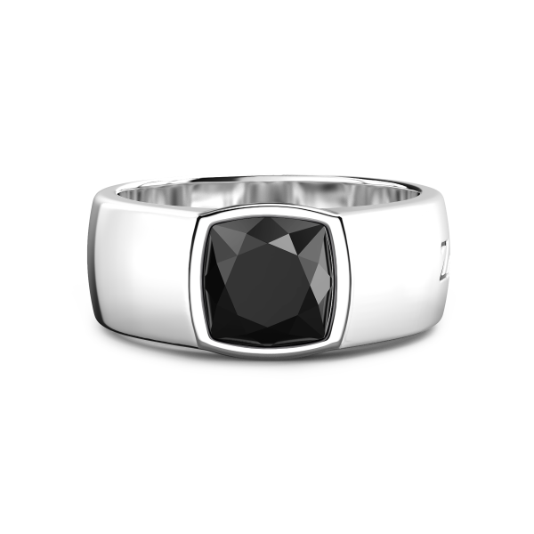 Zancan silver ring with onyx.