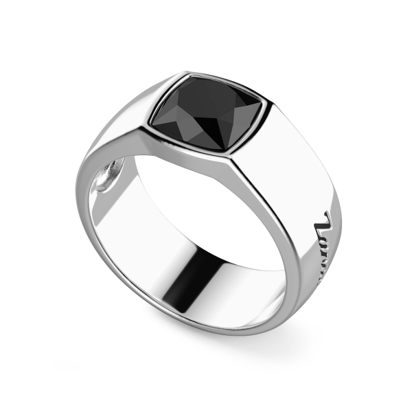 Zancan silver ring with natural onyx stone.