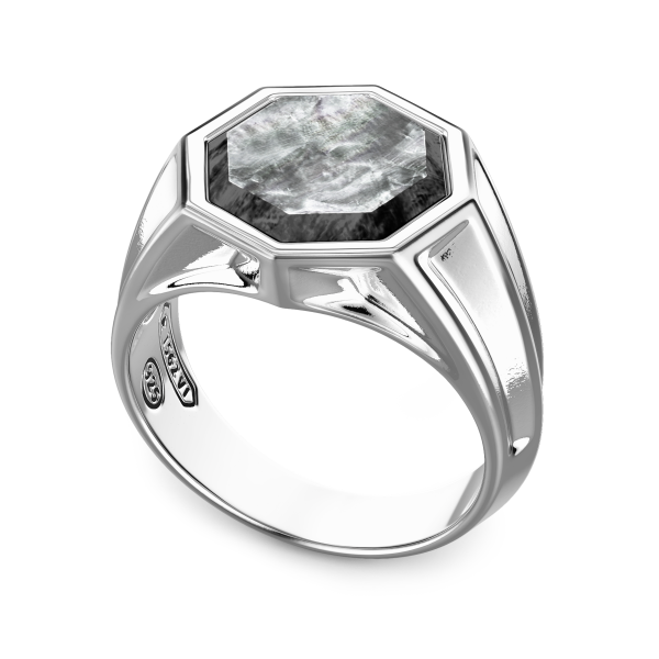 Zancan silver ring with hexagonal stone in black mother of pearl.